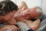 """70, 80 tuổi vẫn duy trì lịch """"yêu"""" đều đặn"""