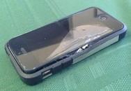 Nhập viện cấp cứu vì iPhone 5c bất ngờ nổ trong túi quần