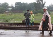 Thanh niên lao vào tàu hỏa tự tử trước mặt cha mẹ