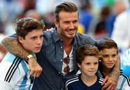 David Beckham chạnh lòng khi con trai miễn cưỡng đá bóng