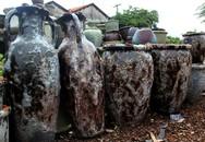 Nửa triệu đồng một chiếc bình giả cổ tại lò gốm Sài Gòn