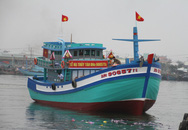 """Hạ thủy tàu cá """"khủng"""" thay thế chiếc bị tàu Trung Quốc đâm chìm"""