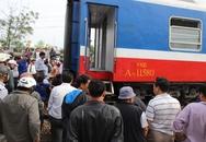Tàu hỏa Sài Gòn - Hà Nội trật bánh, nhiều toa đứt lìa, hàng trăm người hoảng loạn