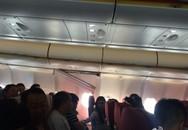 Máy bay rung lắc dữ dội, hất tung 30 hành khách lên không trung