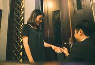 Vân Trang khoe ảnh được bạn trai quỳ gối cầu hôn