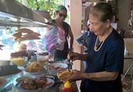 'Nữ hoàng bánh mì' Hội An: Lão bà 80 nức tiếng