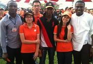Hai sinh viên Nigeria được ĐH Việt Nam trả lương