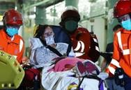 Phà va vào vật thể lạ, hơn 100 người bị thương