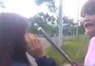 Nữ sinh Đà Nẵng bị bạn cầm ống sắt đánh dã man