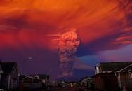 Cận cảnh núi lửa bất ngờ phun trào khủng khiếp sau 40 năm