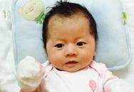 Trang Trần khoe con gái Kiến Lửa nhân dịp đầy tháng