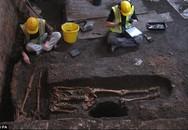 Kinh hãi phát hiện 1.300 bộ xương người dưới chân Đại học Cambridge