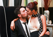 Hà Anh ngồi vào lòng hôn đắm đuối chồng sắp cưới