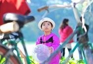 Ngày ấm nắng, người Hà Nội đổ xuống phố tận hưởng mùa đông