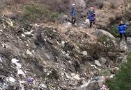Cận cảnh công tác cứu hộ tại hiện trường máy bay rơi