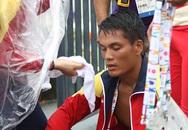 VĐV chèo thuyền Việt Nam lả đi sau thất bại cay đắng