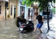Hà Nội - Nam Định - Thái Bình chung cảnh ngập sau mưa lớn