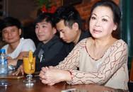 """""""Nữ hoàng nhạc Trịnh"""" Khánh Ly xuống sắc vì 20 giờ liền không ngủ"""