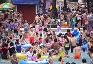 Hãi hùng bể bơi công cộng