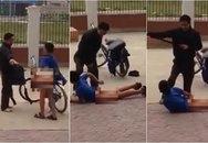 Bố bắt con cởi quần rồi dùng thắt lưng đánh vì tội trốn học đi chơi game