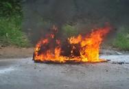 Hà Nội: Xe Honda Air Blade bất ngờ bốc cháy dữ dội