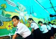 Trẻ bị sốt, chán ăn có thể nghĩ tới bệnh tay, chân, miệng
