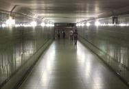 Sau vụ cô gái tố cáo bị hiếp trong hầm đi bộ: Khi xuống hầm, có nên đi một mình?