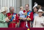 Hoàng tử bé xuất hiện đáng yêu trong sinh nhật Nữ hoàng Anh