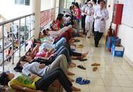 Hàng nghìn công nhân bị ngộ độc thực phẩm