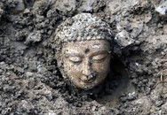 Tượng Phật cao 1,6 m nằm sâu dưới ao tôm