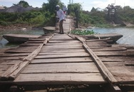 Huyện Kim Bảng (Hà Nam): Hàng trăm người dân nín thở qua sông
