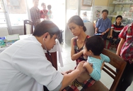 Khám, phát thuốc và tặng quà hàng trăm trẻ hoàn cảnh khó khăn