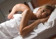"""Giữa đêm nhập viện vì dại dột dụ vợ """"yêu cửa sau"""""""