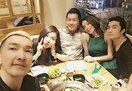 """Hồ Ngọc Hà """"dính như sam"""" với người đàn ông lạ khi đi ăn cùng bạn bè"""