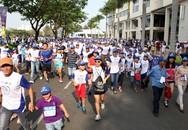 Hơn 6.000 phụ huynh và học sinh chạy bộ vì sức khỏe răng miệng