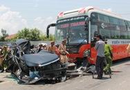 Tai nạn kinh hoàng ngày nghỉ lễ: Xe Camry nát bét, 4 người chết tại chỗ