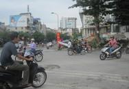 Hướng dẫn đi qua nút giao Bưởi - Hoàng Quốc Việt khi đang thi công