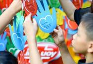 Cây bàn tay yêu thương - Điểm nhấn đặc biệt trong Tết 2015
