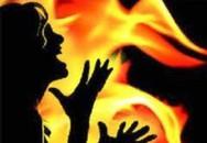 Bàng hoàng những đứa trẻ chết thương tâm do cha mẹ cùng quẫn