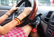 Vừa lái xe vừa thủ dâm, người phụ nữ gây tai nạn kinh hoàng