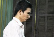 Lộ tội hiếp dâm vì ăn trộm điện thoại trong nhà nạn nhân