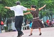 Mẹ chồng mê vũ trường, lấy tiền bao giai
