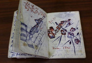 Tìm chủ nhân cuốn nhật ký hơn 40 năm lưu lạc trên đất Mỹ