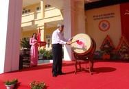 Nguyên Tổng Bí thư Lê Khả Phiêu dự lễ khai giảng năm học mới 2015 tại Thanh Hóa