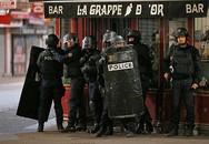 Nữ nghi phạm khủng bố nã đạn vào cảnh sát Pháp rồi tự kích nổ