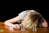 Chuốc rượu thiếu nữ 14 tuổi rồi đưa vào khách sạn hiếp dâm