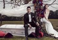 Đôi uyên ương chụp ảnh cưới với cỗ quan tài