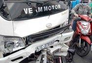 Bị xe tải tông, một phụ nữ bất tỉnh trên quốc lộ