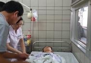 """Vụ taxi """"điên"""" trên cầu vượt Thái Hà - Chùa Bộc: 2 nạn nhân nằm ở BV Bạch Mai bị thương rất nặng"""