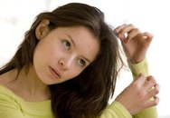 Thích nhổ tóc - biểu hiện tâm thần nguy hiểm